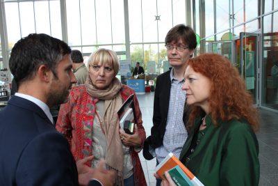 Mit Claudia Roth und Margarete Bause bei BMW