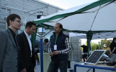 Mit dem Landtagsfraktionsvorsitzdem Ludwig Hartmann informiere ich mich über neue Trends beim Einsatz von Sonnen- und Windenergie.